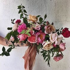 Too gorgeous. Beautiful bouquet from the talented @sirenfloralco with ribbon from @silkandwillow. #sobridaltheory #design #florals #floraldesign #engaged #inspire #bouquet #wedding #weddinginspo #love #handmade #fashion