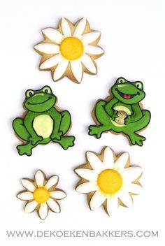 frog and daisy cookies