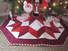 You have to see Star Christmas Tree Skirt on Craftsy! - Looking for quilting project inspiration? Check out Star Christmas Tree Skirt by member Ann Petersen. Xmas Tree Skirts, Diy Christmas Tree Skirt, Christmas Tree Skirts Patterns, Christmas Sewing, Christmas Projects, Christmas Holidays, Christmas Decorations, Christmas Ornaments, Christmas Trees