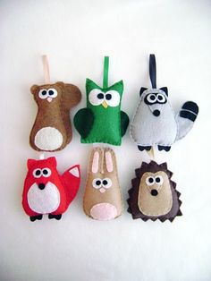 10 Fall Kids' Crafts - some fun and different ideas Kids Crafts, Fall Crafts For Kids, Felt Crafts, Craft Projects, Sewing Projects, Craft Ideas, Felt Ornaments, Holiday Ornaments, Holiday Crafts