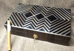 Cigar box in straw marquetry, Art Deco design