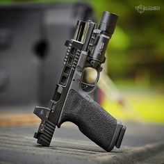 Typical Boss EDC by @felixchen.photo Follow @high.class.weapons
