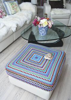 I'm doing this right now for my ottoman.  It's going to be so pretty . . .