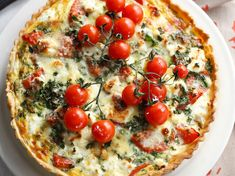 View top-quality stock photos of Tomato And Red Pepper Tart With Garnish. Find premium, high-resolution stock photography at Getty Images. French Dishes, French Food, Quiches, Quiche Lorraine, Savory Tart, Quiche Recipes, Batch Cooking, Red Peppers, Vegetable Pizza