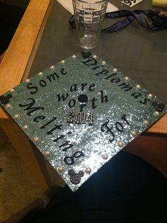 Graduation cap!  #disney #frozen #gradcap @deanna hughes Powers