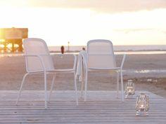 solpuri Outdoormöbel im klassisch eleganten Design. Hochwertige Outdoorstühle zu exklusiven Preisen. arrangio.de