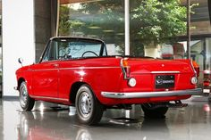 【ニッポンの名車】美しすぎるダイハツ車「コンパーノ スパイダー」(WEB CARTOP) の写真 (2ページ目) | 自動車情報サイト【新車・中古車】 - carview! Vintage Cars, Antique Cars, Cafe Bike, Cabriolet, Japan Cars, Daihatsu, Old Cars, Toyota, Classic Cars