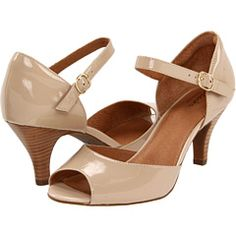 Nude Shoes Small Heel