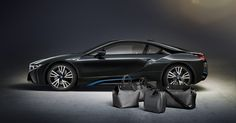 BMW is doing something interesting with it vehicle. The new luxury car from BMW will now have custom Louis Vuitton luggage to go with it. Bmw I8, Louis Vuitton Luggage Set, Used Car Prices, Branding, Car Advertising, Luggage Sets, Lv Luggage, Travel Luggage, Custom Bags