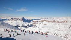 Breath taking view - dolomites, Italy - Skiing the Sellaronda