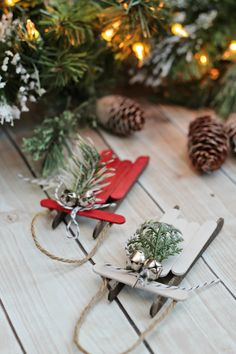 Have you set up your Christmas tree yet? Are you looking for ways to make your tree extra special this year? Why not skip the stores and make your own ornaments this Christmas. Here is a list of 100+ DIY ornaments that you can make for yourself or give away as gifts. I found so many …