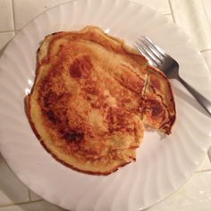 Arbonne Vanilla Protein Powder pancakes!!  1 scoop protein powder 1 egg 1/4 cup water  Mix and fry up like a regular pancake! Use extra virgin olive oil or coconut oil to grease your pan. Top with fresh fruit or enjoy alone!   Makes 1 large pancake.