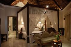 I can only imagine the sweet dreams I would have in this bed ...bali-furniture-indonesian