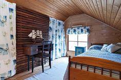 Mökki Suomessa - A Summer Cottage for Sale in Finland       Suomen kaunein mökki-kilpailun voittaja vuodelta 2014 on myytävänä. Tämä ohj...