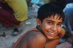 https://flic.kr/p/6MkmYw | Jeune tailleur de pierres...Young quarrier... | Tombeau de Humayun, Delhi, India  Explore# 127 on Sunday, August 9, 2009 FP Worldworx