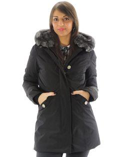 Giubbino donna Woolrich nero con cappuccio WWCPS2243 (Xs)