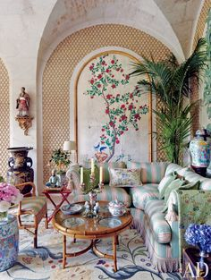 Valentino's traditional French living room.