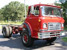 I gotta git me one of dees! International Harvester, Ih, Engine, Trucks, Motor Engine, Truck, Motorcycle