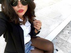 outfit-look-looks-fashion-blogger-veronica-giuffrida-italia-giacca-jeans-brunette-shorts-belt-moschino-cintura-  Instagram/Snapchat: @Veronikagi
