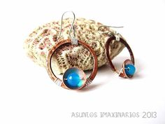 Asuntos Imaxinarios Jewelry 2013. Earrings: copper, stainless steel and blue agate. Brincos: cobre, aceiro e ágatas.