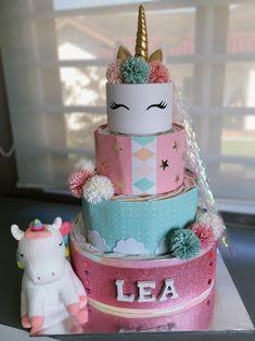 Unicorn Baby Shower, Baby Shower Fun, Baby Shower Gender Reveal, Diy Diaper Cake, Nappy Cakes, Unicorn Birthday, Unicorn Party, Kids Hamper, Princess Gifts