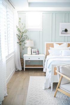 Coastal Master Bedroom, Coral Bedroom, Coastal Bedrooms, Bedroom Green, Dream Bedroom, Home Decor Bedroom, Old Bed Frames, Apartment Decoration, Home Comforts