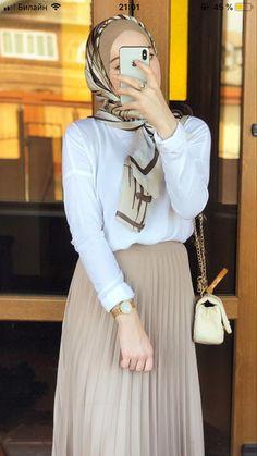 Hijab Fashion Summer, Modest Fashion Hijab, Modern Hijab Fashion, Modesty Fashion, Hijab Fashion Inspiration, Muslim Fashion, Modest Outfits, Girls Fashion Clothes, Fashion Outfits