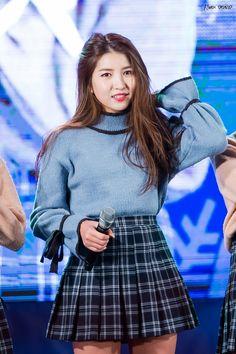 [Gfriend] Sowon at Seoul Music Award 2017