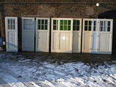 Paneeldeuren set van 9 met glas 100.10.100048 - Leen - Oude bouwmaterialen, 5000 oude deuren, paneeldeuren, kamer en suite schuifdeuren, voordeuren, glas-in-lood deuren, portaaldeuren, ramen, marmeren schouwen, wasbakjes, fonteintjes, balusters, antiek, curiosa Happy House, Types Of Doors, Building Materials, Garage Doors, New Homes, Home And Garden, Real Estate, Windows, Interior