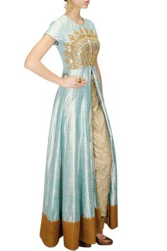 This powder blue color is featuring in a powder blue gown raw silk with marodi embroidered yoke and sequins sheeted border all around the hem. This anarkali gown has concealed hook-fastening placket i Powder Blue Gown, Powder Blue Color, Pretty Outfits, Pretty Dresses, Beautiful Dresses, Indian Dresses, Indian Outfits, Anarkali Gown, Modelista