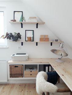Cozy Home Office, Home Office Space, Home Office Design, Home Office Decor, Home Decor, Home Design, Office Desk, Tiny Office, Ikea Office