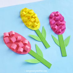 Hyacinths trully are wonderful flowers. This Paper Hyacinths Flower Craft For Ki… Hyacinths trully are wonderful flowers. This Paper Hyacinths Flower Craft For Kids is perfect for young craters to make, and will make. Bee Crafts For Kids, Easy Easter Crafts, Spring Crafts For Kids, Bunny Crafts, Mothers Day Crafts, Toddler Crafts, Preschool Crafts, Easy Crafts, Diy And Crafts