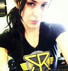 Nikki bella dating seth rollins