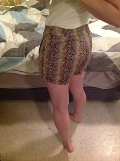 Rear view of iris shorts from the Colleterie. Mind the bum!!