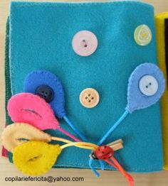 quiet book balloons & buttons page Book Projects, Projects To Try, Fidget Quilt, Busy Bags, Quiet Books, Handmade Felt, Felt Toys, Sewing For Kids, Travel With Kids