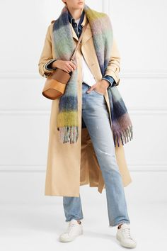 https://www.net-a-porter.com/pl/en/product/1050814/holzweiler/fresia-fringed-checked-textured-knit-scarf
