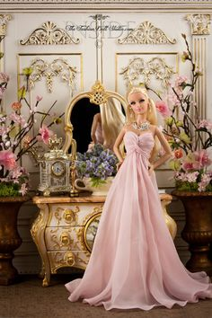 """Presenting at the Oscars. I liked to pretend my Barbie was both nominated for an Oscar (for costume design, what else!) AND an award presenter. Wow this Barbie is gorgeous! Barbie Fashionista, Barbie Gowns, Barbie Dress, Barbie Clothes, Barbie Wedding Dress, Barbies Dolls, Pink Dress, Barbie Mode, Barbie And Ken"