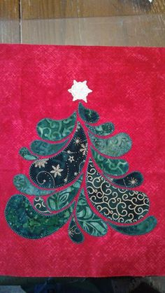 Adventurous Applique and Quilting: I Wish You a Merry Quilt-a-long Extra Block - Christmas Tree