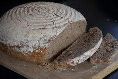 Dark Bread with Spices Alps, Spices, Bread, Dark, Food, Chef Recipes, Cooking, Spice, Brot