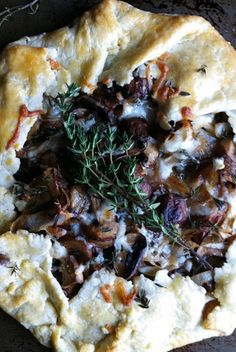Mushroom, Onion and Thyme Galette - pretty, delicious, and easy to throw together for a party.