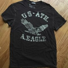 NEW LISTING☀️Mens AmericanEagle vintage fit t Medium men's vintage fit American Eagle t-shirt. 100% cotton. Brown. American Eagle Outfitters Tops Tees - Short Sleeve