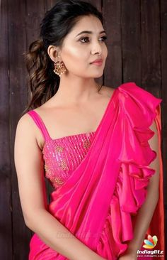 Actress Gallery, Movie Posters, Movie Stills, Actors Gallery, Tollywood Gallery Beautiful Girl Photo, Beautiful Girl Indian, Most Beautiful Indian Actress, Beautiful Saree, Beautiful Actresses, Beautiful Models, Beautiful Women, Bollywood Actress Hot Photos, Tamil Actress Photos