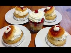 Savarine-Super Savarine- Baba au Rhum Homemade-How to make French Baba au rhum step by step - Ingrediente ; Faina 500 gr Oua 5 mari Apa 220 ml Unt 200 gr tem. Baba Recipe, Food Stations, Cheesecake, Homemade, French, Make It Yourself, Breakfast, Sweet, Desserts