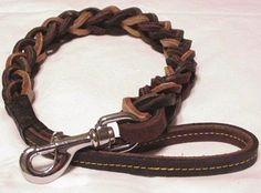 'Braided Rawhide Strapping' Leather strapping for handbag design can be made by braiding using the same leather skins used in the construction of the body of a handbag. Often rawhide th… Diy Leather Bracelet, Leather Keychain, Leather Purses, Leather Handbags, Leather Bags, Leather Skin, Wallet Pattern, Textiles, Braided Leather