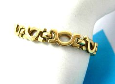 """Gold never goes out of style!!!  Great investment too :)  xox $x$x$ox$ Vintage Estate 14K Yellow Gold Ladies Bracelet Made in Italy 11.4 grams 6 1/4"""" #Unbranded #bracelet #goldbracelet"""