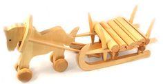 Holzspielzeug - Ziehtier Pferde mit Langholzschlitten - ein Designerstück von Jaimes-Lullaby bei DaWanda                                                                                                                                                                                 Mehr