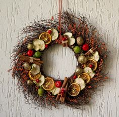 Natural Christmas wreath, fireplace Christmas wreath, made in Italy seasonal wreath, Italian Christmas accent, unique Holidays ornament