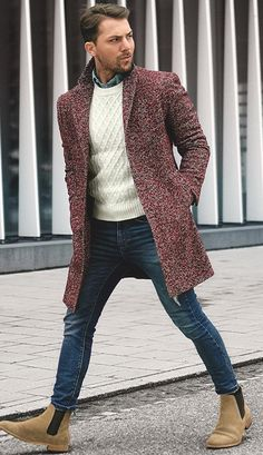 5 Fall Winter Essentials For Men Who Like Being Warm But Fashionable. What do men need to be fashionable during the fall and winter? These five items are all you need to create an amazing outfit. Stylish and edgy casual winter fall outfits for men. Best Mens Fashion, Men's Fashion, Fashion Photo, Sporty Fashion, Cheap Fashion, Fashion Trends, Men Looks, Winter Essentials For Men, Casual Fall