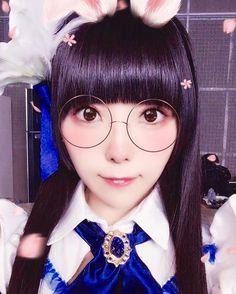 2次元加工おもしろいね🐰歯が出てるね🐰 . . . #dempagumi #phantomofthekill #commercialshoot #commercial #costume #japan #idol #でんぱ組 #りさちー #相沢梨紗 #2halfdimension #funny #🐰 #🤓 #glasses #glasses👓