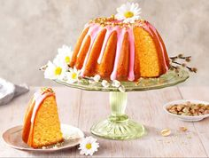 When you have guests coming over you want impress, this Orange Cherry Bakewell Tart, Chocolate Easter Cake, Baking Recipes, Cake Recipes, Sugar Free Jam, Lemon Bundt Cake, Danish Food, Cake Fillings, Orange Recipes